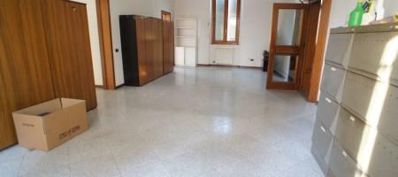 Ufficio in Affitto a Montecatini Terme (PT)