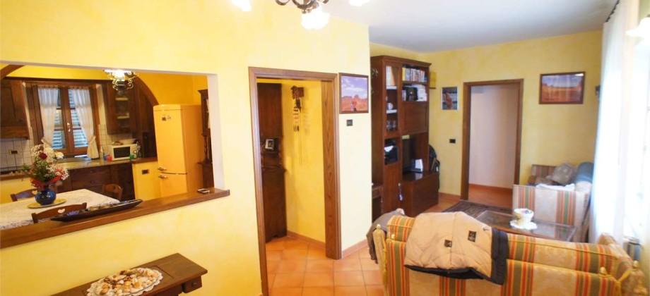 Appartamento Indipendente a Chiesina Uzzanese