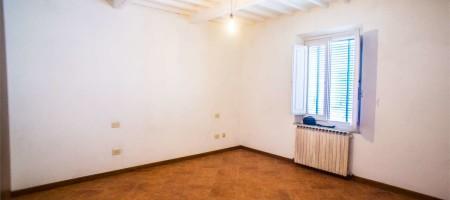 Appartamento Indipendente, Chiesina Uzzanese