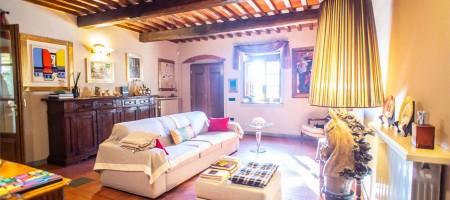 Villa bifamiliare a Uzzano (PT)