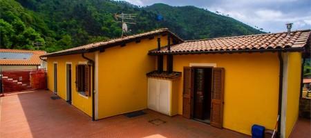 Appartamento indipendente a Villa Basilica (LU)