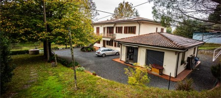 Villa a Galleno
