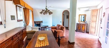 Appartamento indipendente a Buggiano (PT)